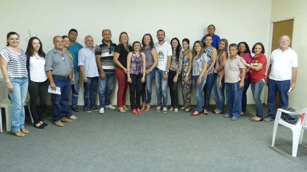Funcionários da PMA participantes  da reunião