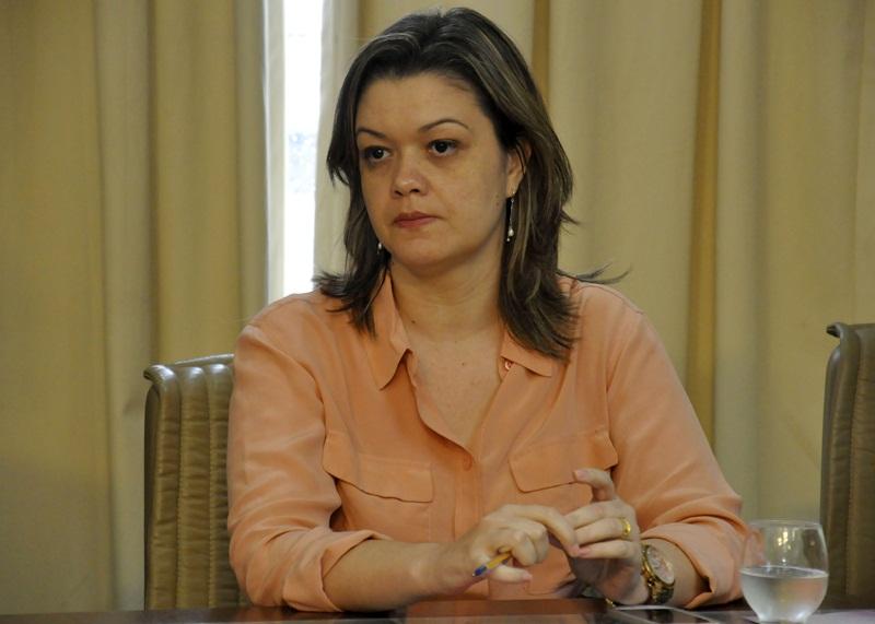 Defensora Fabrícia Gomes Gaudêncio