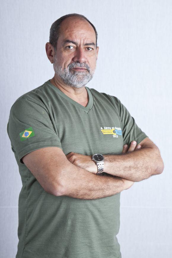 Victor Simas (2)