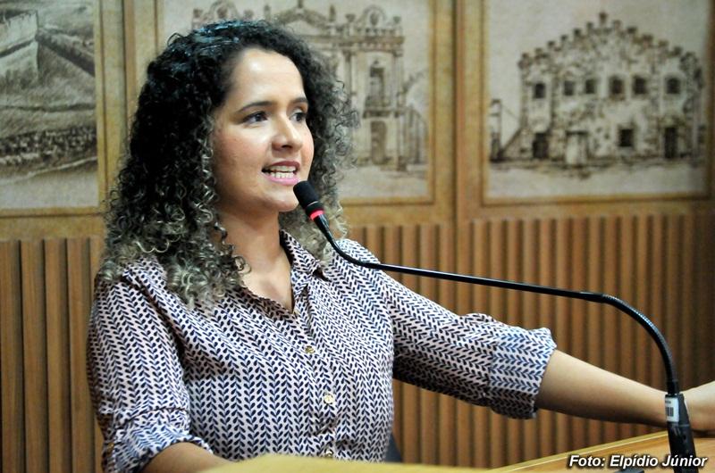 Verª. Amanda Gurgel - Foto ELPÍDIO JÚNIOR (6)
