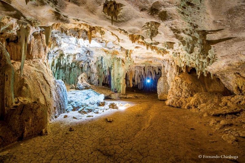 Caverna Catedral localizada no Lajedo do Rosário na cidade de Felipe Guerra no Rio Grande do Norte.Foto.Fernando Chiriboga (1)
