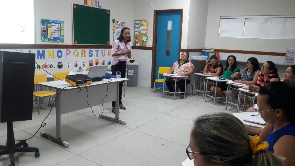 Nutricionista inicia ciclo de capacitações do projeto Educação Nutricional nas Escolas