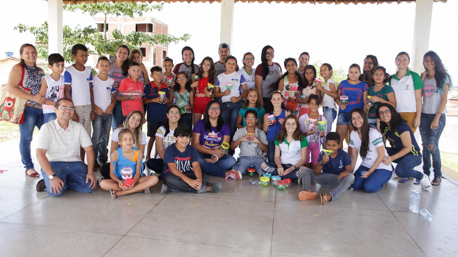 Ação fez parte da disciplina Saúde e Cidadania (Saci), que busca atuar junto às comunidades tratando de problemas que afetem a saúde e o meio sociocultural das pessoas