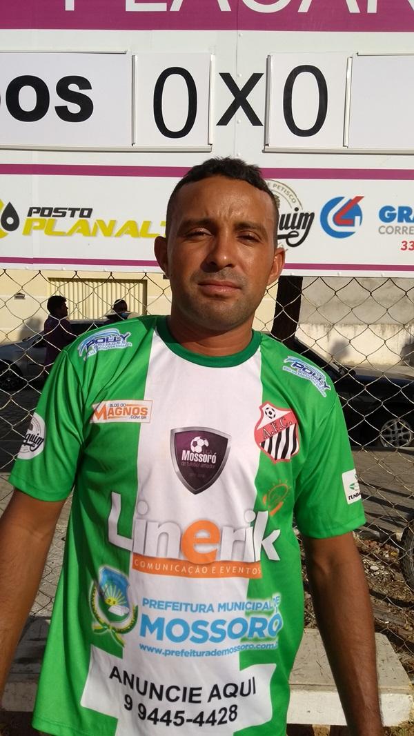 EMERSON DE OLIVEIRA COSTA ATACANTE