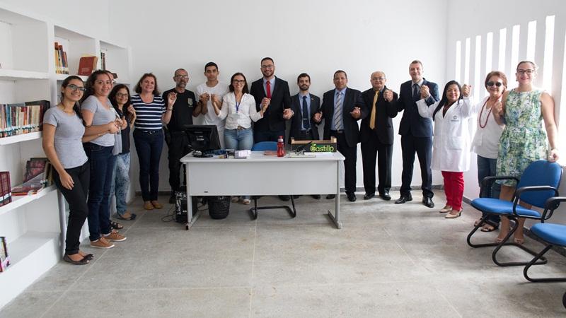Equipe da OAB e da UFRN que fazem parte do projeto que implementou a biblioteca na penitenciária estadual de Parnamirim. Biblioteca foi criada pela Comissão de Advogados Criminalistas (Comacrim) da Ordem dos Advogados do Brasil (OAB/RN) e teve apoio da UFRN