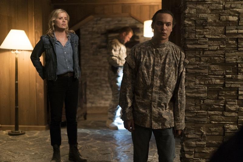 Frank Dillane as Nick Clark, Kim Dickens as Madison Clark - Fear the Walking Dead _ Season 3, Episode 9 - Photo Credit: Richard Foreman, Jr/AMC