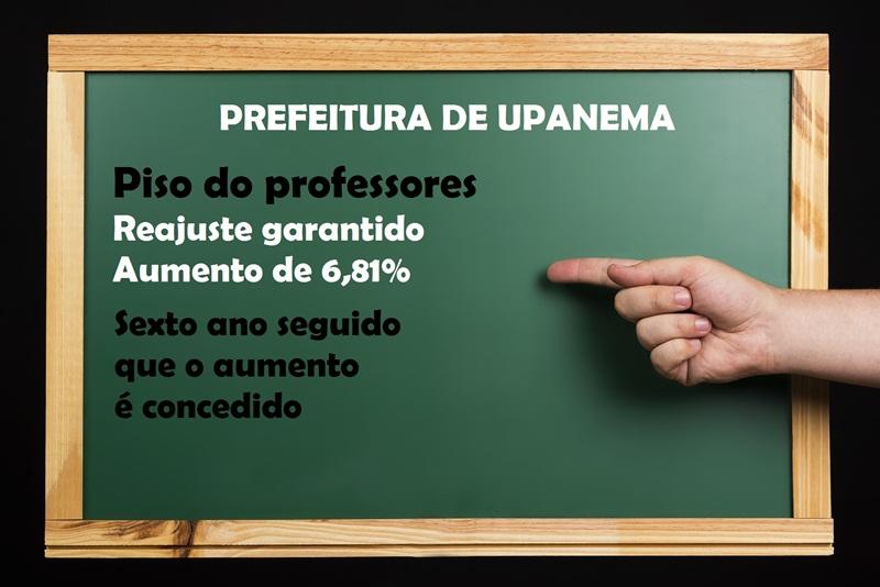 blackboard-2640979_1920