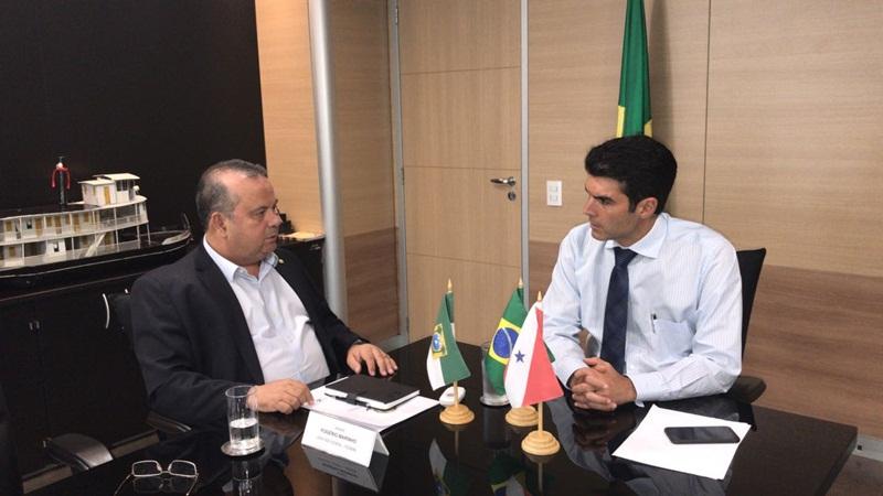 thumbnail_Rogério Marinho com Helder Barbalho