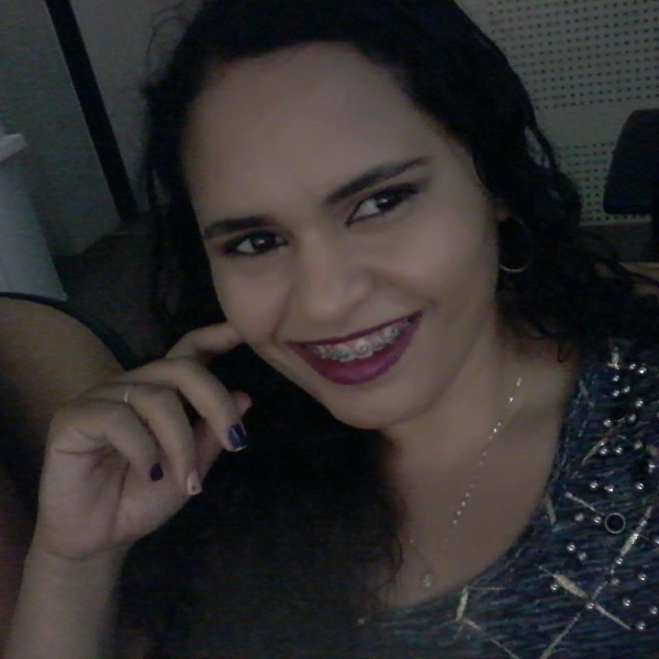 Fabiana Tomaz