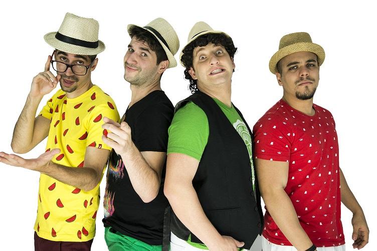 Esq.p/Dir: Leandro Sanches (Lelê), Charles Allama (Xaxá), Eros Prado e Vinícius Senfrini (Tata) – Foto: Guilherme Mello