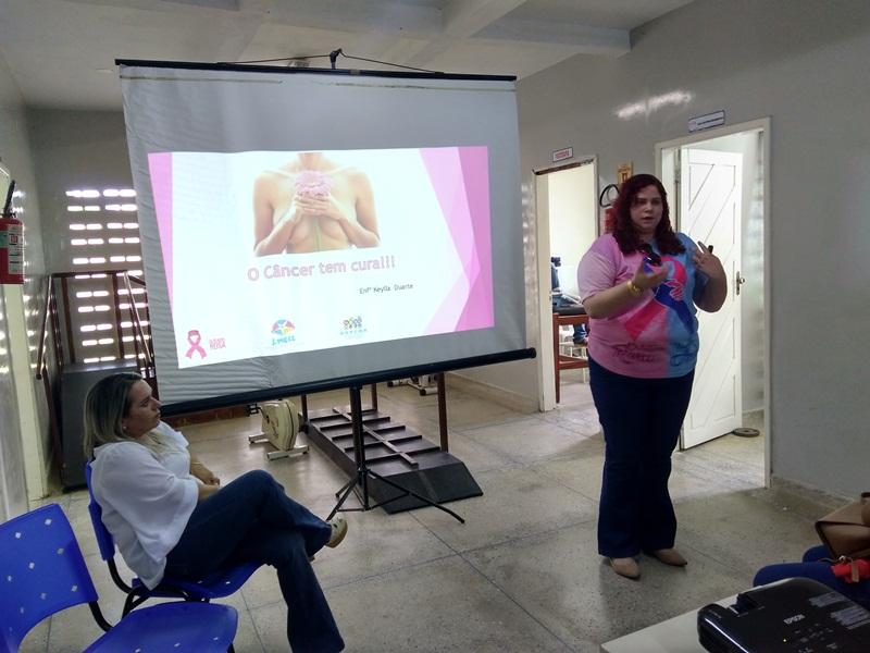 Palestra sobre diagnóstico precoce do câncer de mama em Patu ministrada pela enfermeira da AAPCMR Keylla Duarte_09-05-2018 (1)
