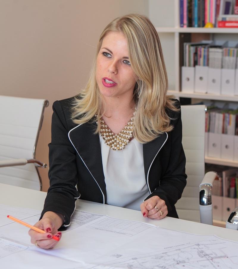 Lisa Roos Fotografia - Priscilla Bencke, especialista em ambientes de trabalho e neuroarquitetura no Brasil  Foto: divulgação